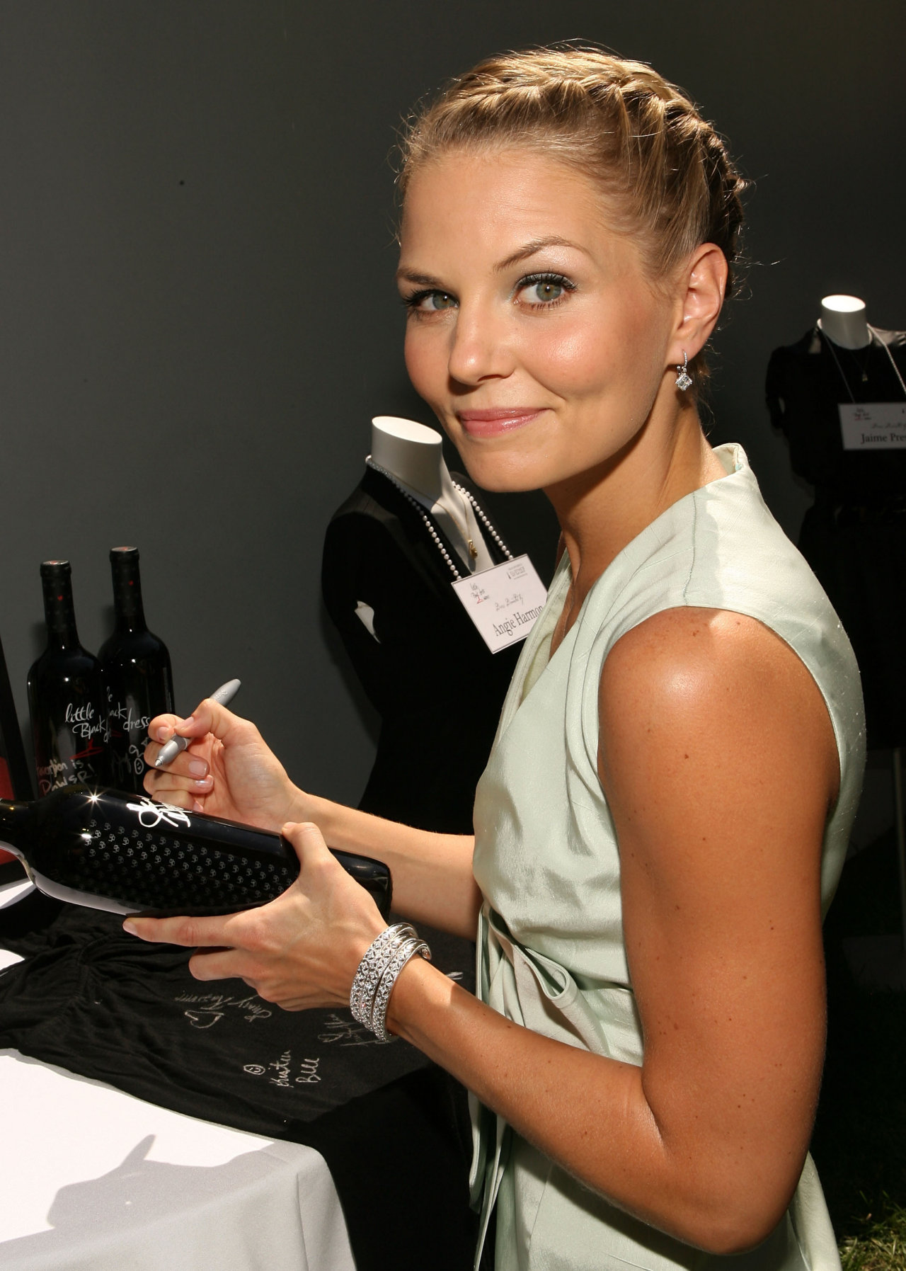 Photo Jennifer Morrison - Wallpapers with a celebrity ...: http://www.ua-dreams.com/celebrity/jennifer-morrison/asgp.html