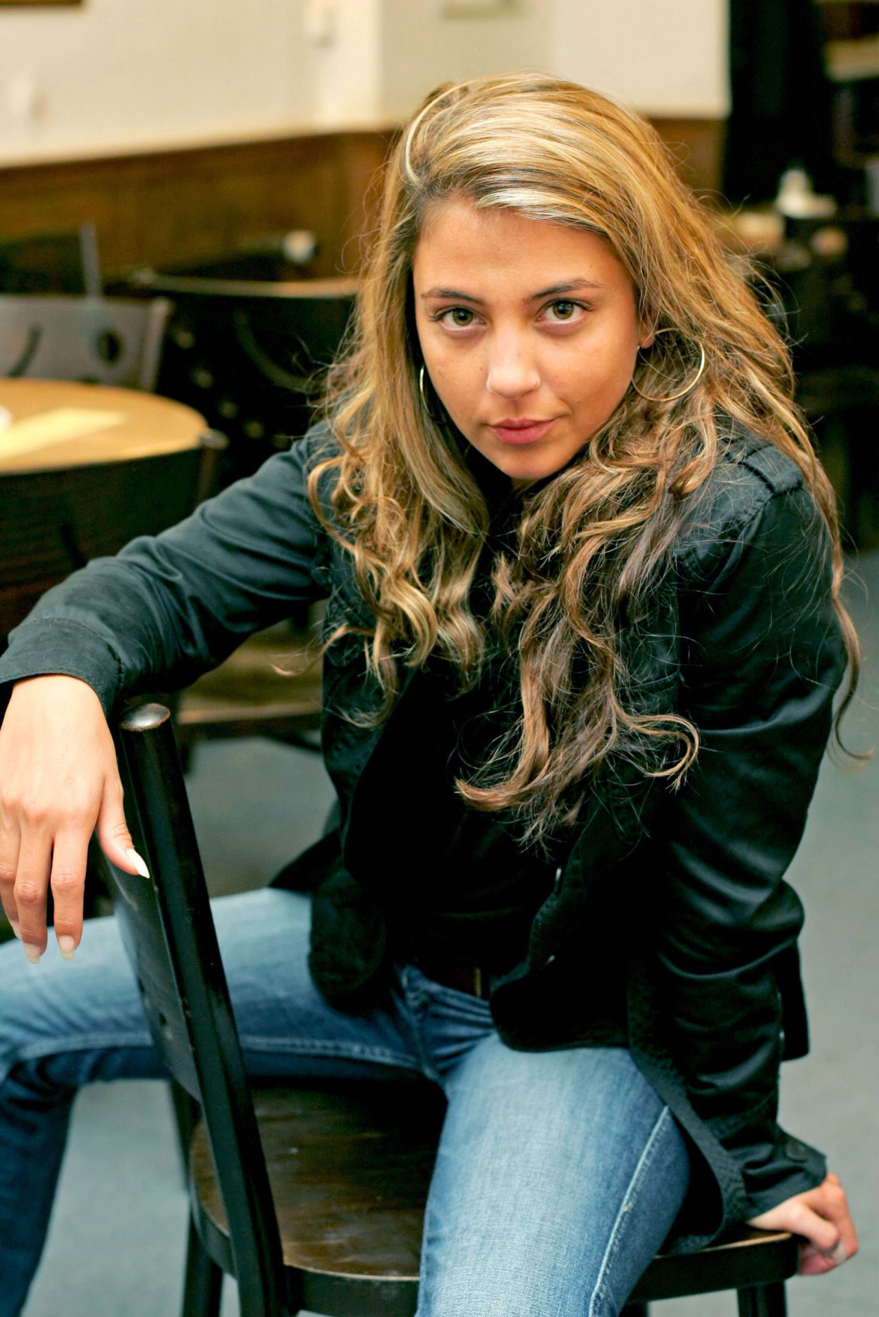 Arzu Bazman
