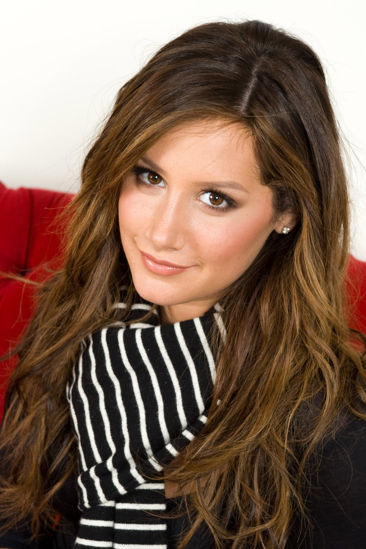 Эшли Тисдэйл (Ashley Tisdale) фото | ThePlace - фотографии