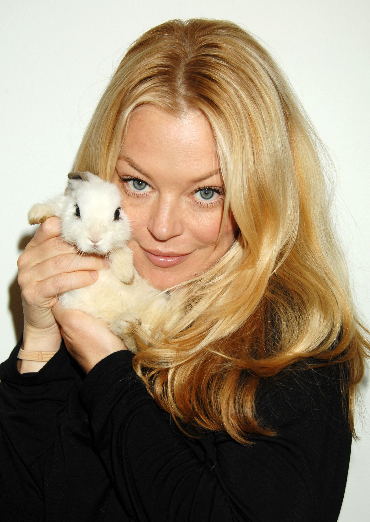 Charlotte Ross - Actress Wallpapers